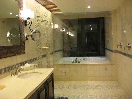 Grand Solmar Land's End Resort & Spa: Master Bath, Duel Shower and Jet Tub Which Opens to The Balcony