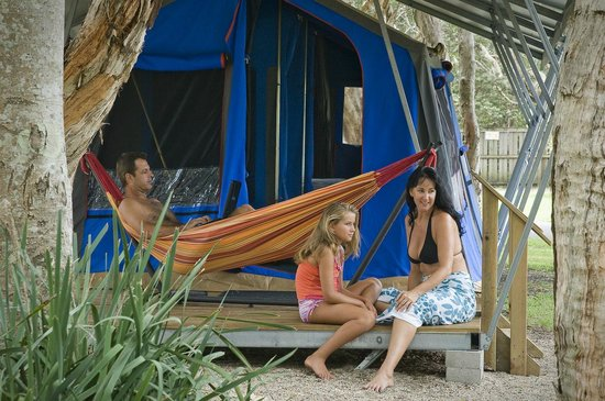 Suffolk Park, Australien: Safari tents are great for family camping holidays