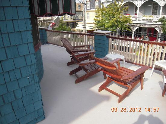 Windward House: The deck