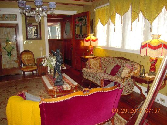 Windward House: Parlor