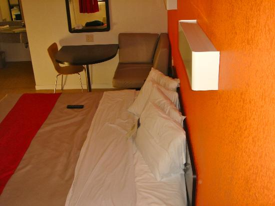 Motel 6 Albany Airport: Bed