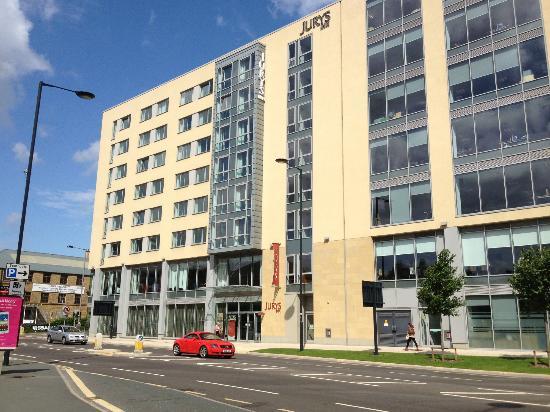 Jurys Inn Bradford Front Of Hotel
