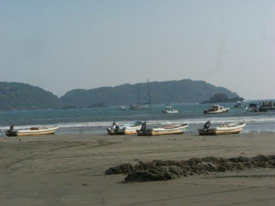 Azul Ixtapa Beach Resort & Convention Center: Beach