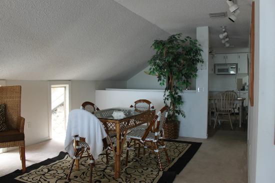 Ibis Bay Beach Resort: dining area