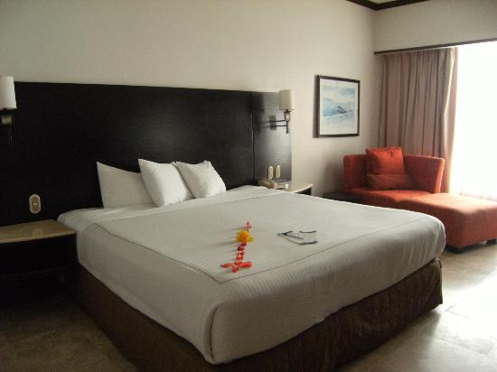 Azul Ixtapa Beach Resort & Convention Center: Room