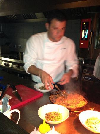Abastos 2.0: Alexandro serving up a delicious meal