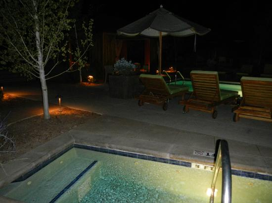 Viceroy Snowmass: pool area at night