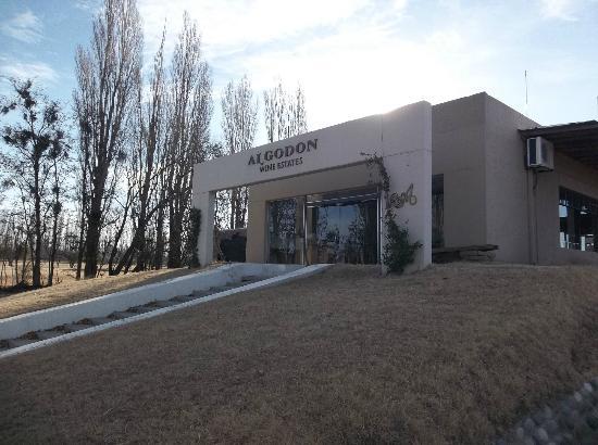 Chez Gaston Restaurant at Algodon Wine Estates: Entrada a la Bodega