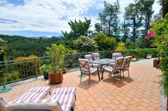 Bellbird Lodge: Sun Terrace