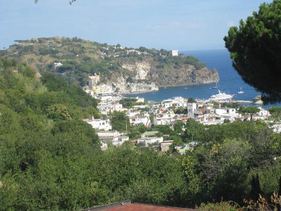 Hotel Terme La Pergola : View from the shared balcony