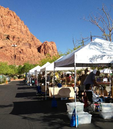 The Inn at Entrada: Tuachan Saturday am 'market' - artists, crafts, food, nice