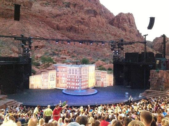 "The Inn at Entrada: Tuachan Amphitheatre - set of ""Hairspray"""