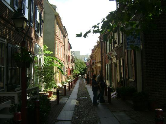 Free Tours by Foot: Oldest continuously inhabited street in USA