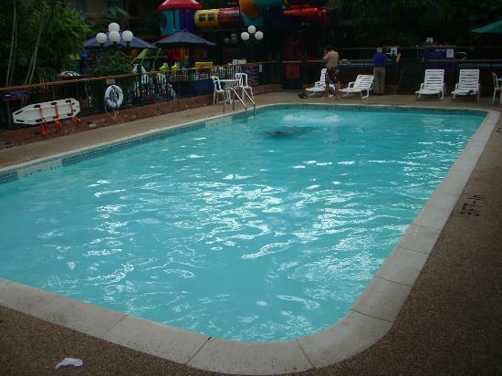 Best Western Plus Cairn Croft Hotel: The pool