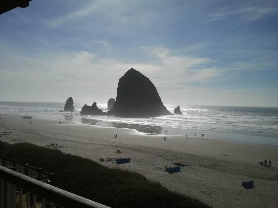 Hallmark Resort Cannon Beach: Haystack Rock