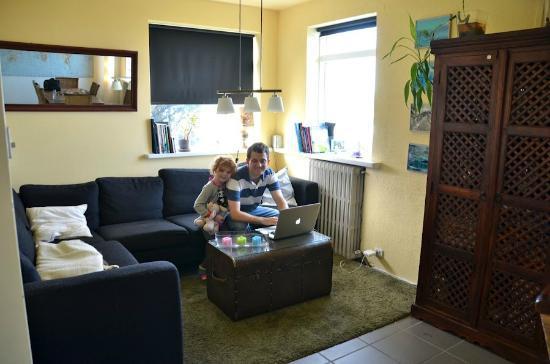 Blue House: Comfy living room