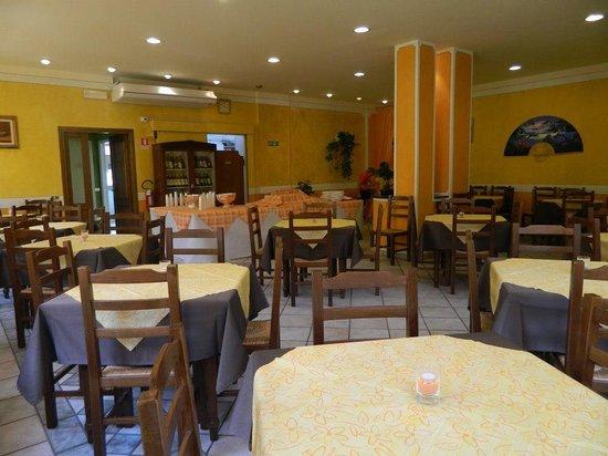 Ristorante Pizzeria Colto e mangiato da Bertuccelli: La sala vista panoramica