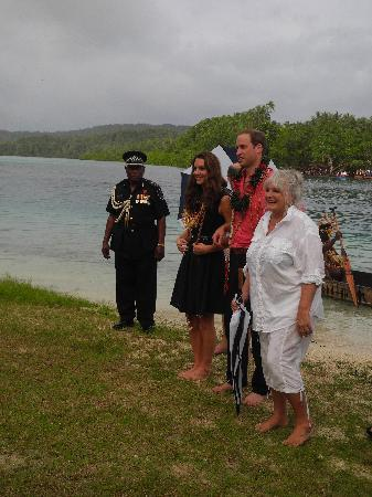 Tavanipupu Island, Solomon islands/Isole Salomone: VIP welcome to Tavanipupu