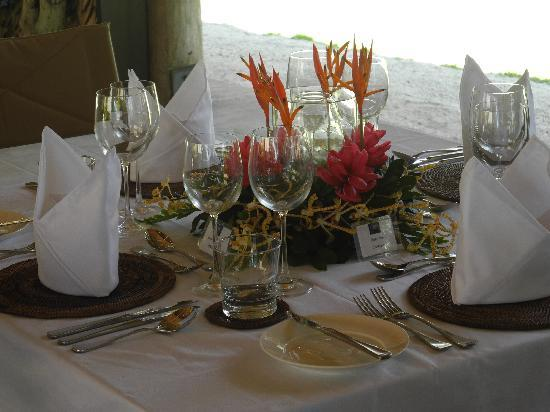Tavanipupu Island Resort: Tavanipupu dining