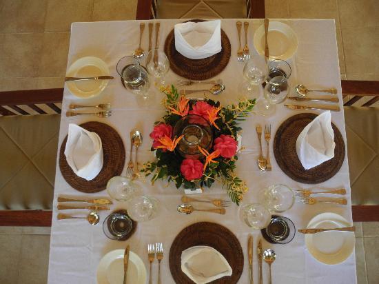 Tavanipupu Island Resort: Dining at Tavanipupu Private Island