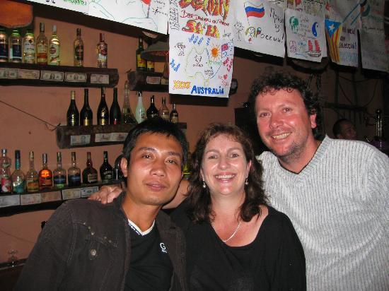 Mountain Bar & Pub: Nat and Lars at the best bar in Sapa