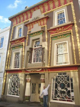 The Egyptian House: The exterior
