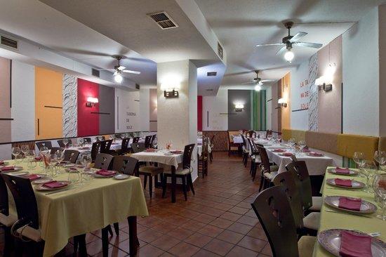 Restaurante La Taberna de Sole: Nuestro confortable salón