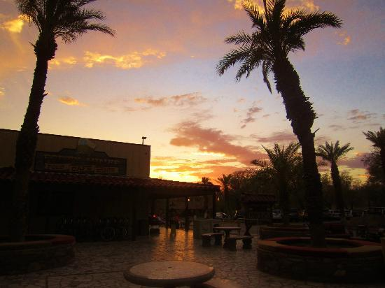 Furnace Creek Inn and Ranch Resort: sunset