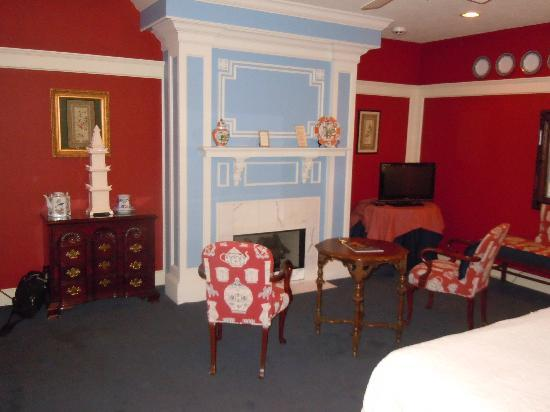 Fairview Inn: One side of our beautiful room