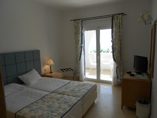Mitsis Norida Beach Hotel: une chambre double