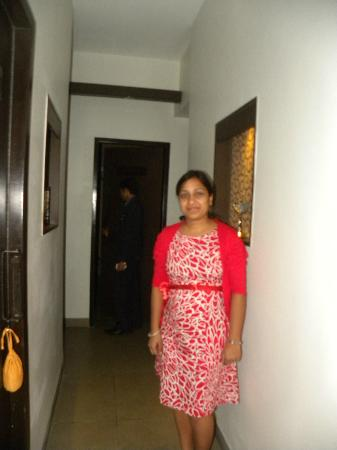 The Four Fountains Spa: The sweet lady - owner of the TFFS-Gurgaon