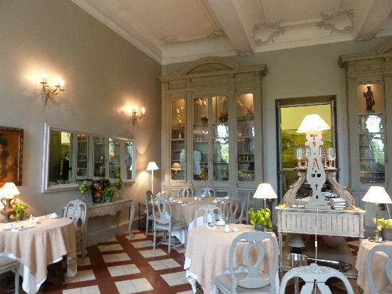 Chateau de Mazan : Dining room