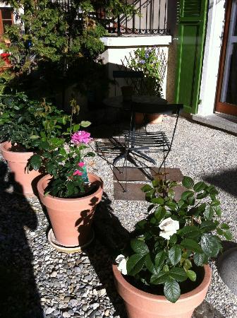 Aux Bons Matins de Capella: jardin