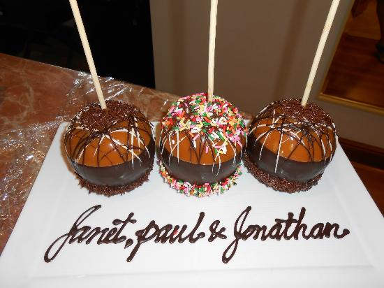 Turnberry Isle Miami, Autograph Collection: Personalised Chocolate Dipped Caramel Apples...Delicious