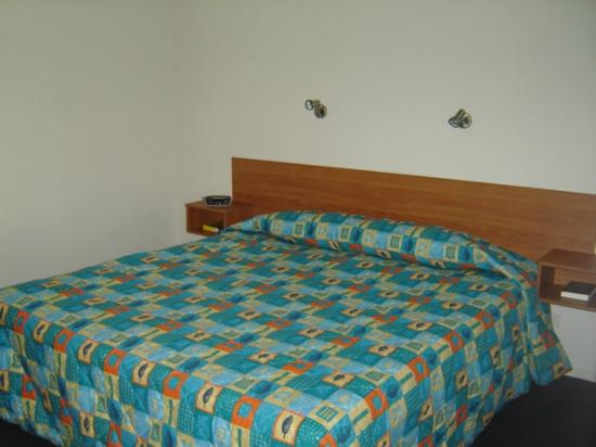 "Billabong Motor Inn: 1 of the ""new king rooms"""
