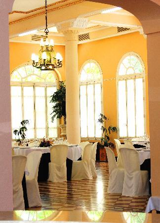 Hotel Balneario de Cofrentes: Restaurante Balneario