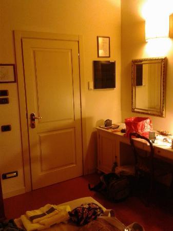 Country Hotel Borgo Sant'Ippolito: La stanza