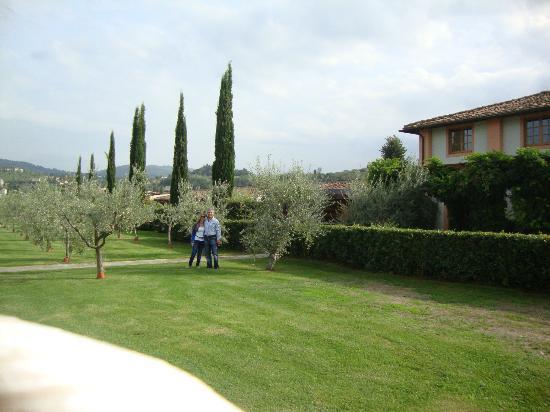 Villa Olmi Firenze: In the hotel garden