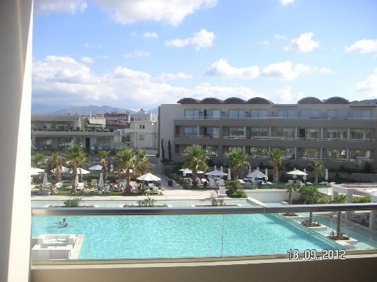 Avra Imperial Beach Resort & Spa: vue de notre chambre