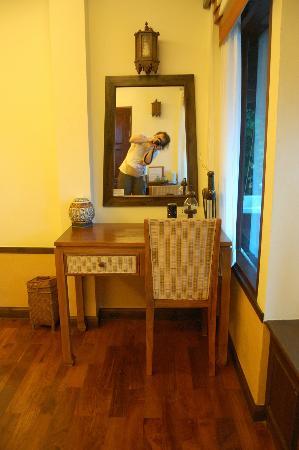 Salad Buri Resort & Spa: in the room