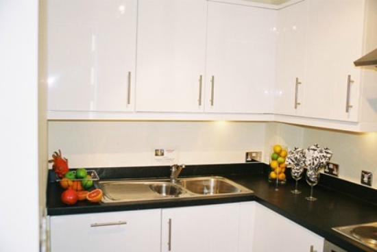 Cotels - The Hub: Fully Equipped Kitchen