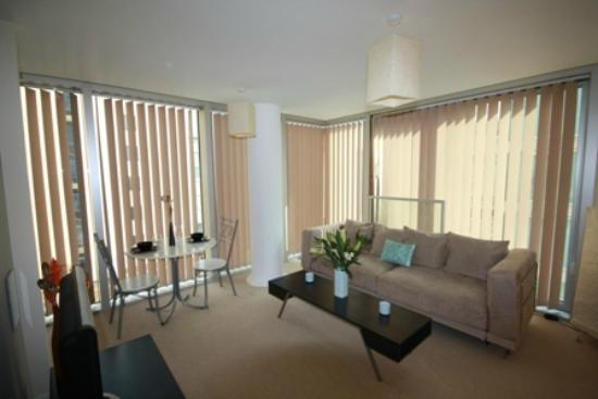 Cotels Serviced Apartments: Lounge