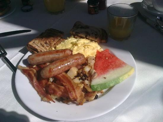 White Mountain Hotel and Resort: Frühstück .... lecker......