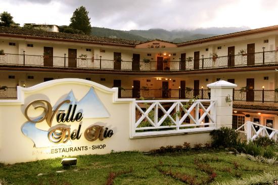 Hotel Valle del Rio: Faccade