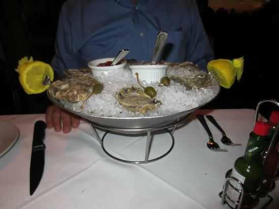 Mastro's Steakhouse: Chilled Oysters on the Half Shell