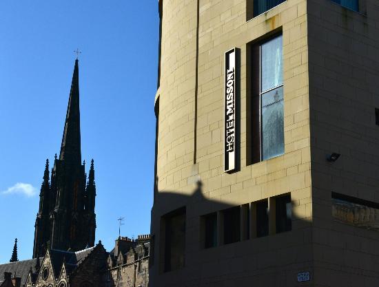 G&V Royal Mile Hotel Edinburgh: Outside detail