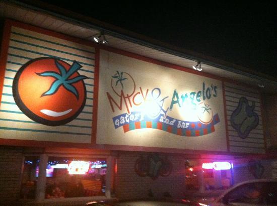 Mick & Angelo's Eatery & Bar: Mick & Angelo's. Niagara Falls, Canada