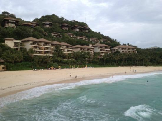 Shangri-La's Boracay Resort & Spa: Ocean view rooms and private beach B