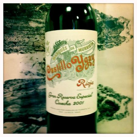 Taverna Catalana : Aahhh, klassischer Wein mit der schönsten Etikette...