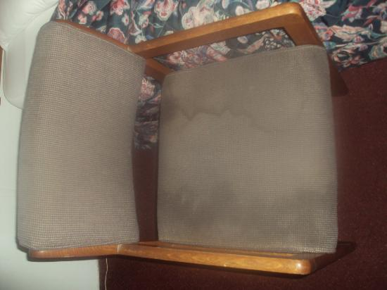 Economy Motel: Did not sit in this chair
